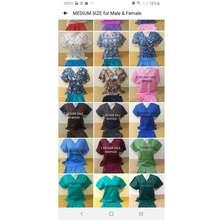 Izzie Scrubs Medium Plain Set = 1 Decade Sale Scrubsuits