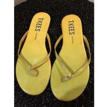 tkees Sandals Size 7