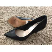 Vince Camuto Preloved Leather High Heels Size 6/36